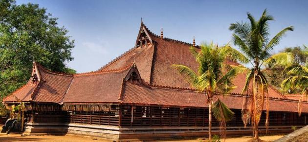 Koothambalam - Kerala Kalamandalam, Thrissur-729960